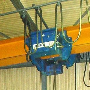 6,3 Tonnen ABUS Kran mit einer Hackenhöhe von 8 Metern